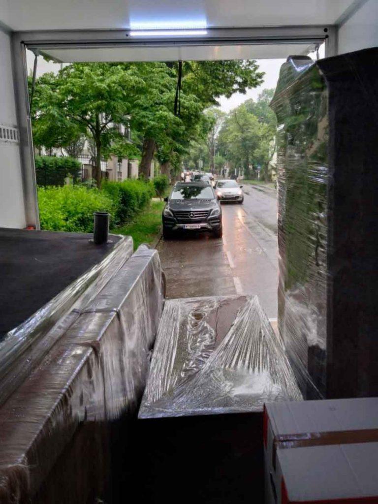 Entsorgung Wien: Räumung und Entrümpelung mit | EuroTransport.AT